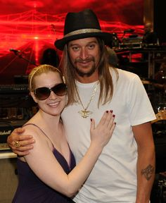 Kid Rock and Kellie Pickler - 2010 CMT Awards - Rehearsals Day 2 #KidRock #music #singer