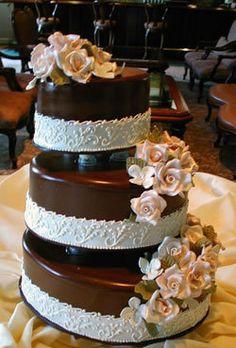 Cake, Brown, Lastarr cakes co