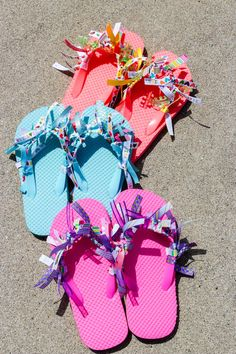 With today being National Flip Flops Day, nothing is more fitting than a DIY Ribbon Flip Flops Craft. Keep the kids busy when they are stuck inside! Flip Flop Craft, Kids Flip Flops, Beach Flip Flops, Flip Flop Shoes, Flip Flops Diy, Diy For Kids, Crafts For Kids, Ribbon Flip Flops, Decorating Flip Flops