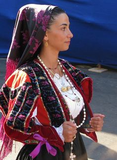 Costume from Orune