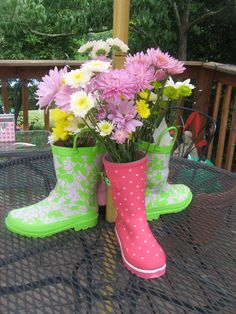 kid's party idea Birthday Parties, Kid Parties, Fun Ideas, Party Ideas, Craft Ideas, Childrens Party, Pretty Cool, Hunter Boots, Hot Dogs