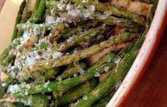 Geroosterde asperges uit de oven met Parmezaan