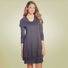 Kensie XS tunic t-shirt dress/shirt Charcoal dark grey Kensie tunic. Soft drapery material, relaxed fit, pull over style dress or tunic like. Tiered at the bottom with a flowy cowl-neck at the top. Fitted through the arms. Super cute with black Leggings or toss on for a dress look. 100% viscose. Selling on zappos and Nordstrom for 78.00 Worn once - in excellent new condition. Kensie Tops Tunics