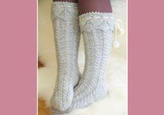 Fina stickade strumpor med flätor | Allers Knitting Socks, High Socks, Sewing, How To Make, Beautiful, Knits, Style, Decoration, Fashion