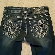 Miss Me jeans jegging size 24 length 31 Miss Me jeans jegging size 24 length 31 yes I am selling of jeans that are the same but in different sizes these are in very good shape Miss Me Jeans