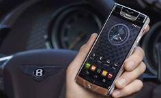 Lüks akıllı telefon modeli denildiği zaman ilk akla gelen isim olan Vertu, Hakan Uzan tarafından satın alındı. İşte tüm detaylar!