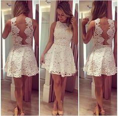 Simplesmente uma graça esse vestido.