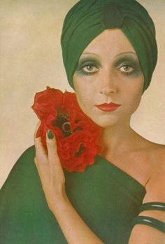 I was born 1969, so I saw ads like that a lot growing up. I have always found them fascinating... smoky eyes with color. Yes!