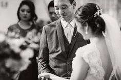 ♥ Patricia Kurata   Tulle - Acessórios para noivas e festa. Arranjos, Casquetes, Tiara
