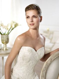 Pronovias presents the Olybeth wedding dress. Pronovias Wedding Dress, Wedding Dresses 2014, Elizabeth Johns, Wedding Bells, Glamour, Lace, Beautiful, Collection, Palermo