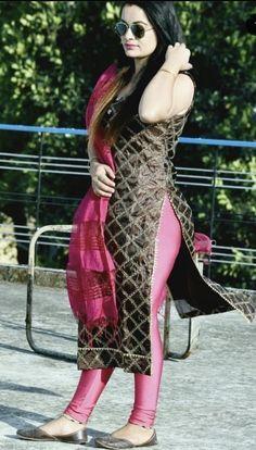 Beautiful Girl Body, Beautiful Suit, Beautiful Girl Indian, Beautiful Hijab, Tight Dresses, Girls Dresses, Indian Actress Hot Pics, Indian Actresses, Girls In Leggings