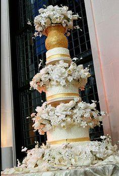A Blissful Affair - stunning, elegant wedding cake