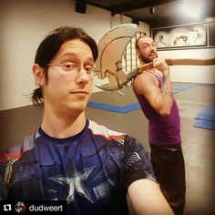 Thanks @sfckampen for letting us use this place for our sillyness . #Repost @dudweert with @repostapp  When loki and thor are practice a fake fight  #marvelcosplay #thorcosplay #lokicosplay #lokilaufeyson #captainamerica #thorandloki #lokibrotherofthor #marvel #thorodinson #buildingthor #buildingloki #chrishemsworth #tomhiddleston #chrisevans