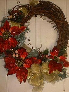 http://www.westcreations.com/christmaswreaths_files/img_00029.jpg