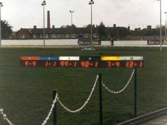 LED single line display to show Odds at a dog track. Features 7-segment numeric characters, 32 cm character height, ultrabright red LEDs.