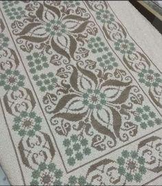 Cross Stitching, Cross Stitch Embroidery, Bargello, Cross Stitch Designs, Farmhouse Rugs, Cross Stitch Samplers, Hardanger, Crocheting, Dots
