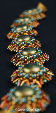 *P Tri Flowers Bracelet : Manek-Manek Beads - Jewelry | Kits | Beads | Patterns