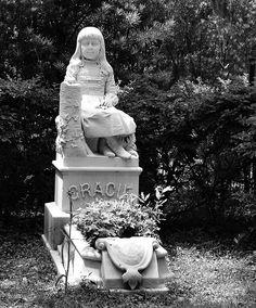 Bonaventure Cemetery Savannah Georgia Savannah Georgia, Savannah Chat, Bonaventure Cemetery, Explore, Wedding Dresses, Beauty, Bride Dresses, Bridal Gowns