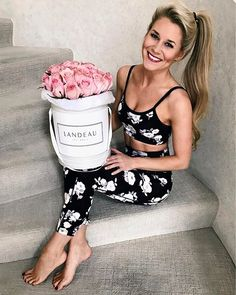 WEBSTA @ oliviarink - Thank you for all the love today you guys 💓 And @givelandeau you made my day with the birthday roses! My floral workout set is linked here: http://liketk.it/2qW4s #liketkit @liketoknow.it