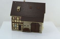 Vollmer 20391 half timbered house w barn built up ho scale - Categoria: Avisos Clasificados Gratis  Item Condition: UsedFor sale are used Vollmer 20391 Half timbered House w Barn Built Up HO Scale, please look at the pictures, measures are also in the pics, thanks white paint or similar on walls I try to be as specific as I can in describing items for sale, I try to test all items I have the means to test, also take as many pictures as possible highlighting and explaining problems if any…
