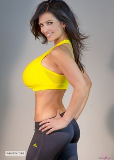 Denise Milani Gallery : Photo
