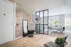 #Balmes #interiorDesign #DrömLiving Divider, Totalement, Living Room, Mirror, Interior Design, Barcelona 2017, Furniture, Home Decor, House Decorations