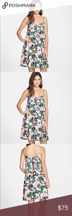 Vince Camuto Jungle Lily Popover A-line Dress Vince Camuto Jungle Lily Popover A-line Dress! Brand new without tags. never worn! Vince Camuto Dresses Midi