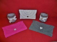 Ob zur Hochzeit in weiß gefertigt, oder farbig zum ausgehen, diese Handtasche ist ein toller Begleiter bei jeder Gelegenheit. Größe:  Die hier gefertigte Tasche/Clutch hat eine Länge von ca. 18 cm und eine Höhe von etwa 11 cm.  Verwendete Maschen:  L