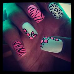 cheetah/zebra nails