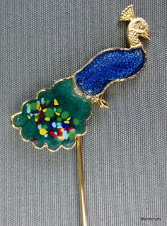 Lapel Stick Pin Peacock Blue Green Enamel Gold Tone unsigned