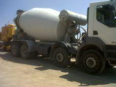 Camión hormigonera- http://www.vinuesavallasycercados.com