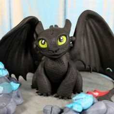 Toothless Cake Baby Birthday, Birthday Ideas, Birthday Cake, Birthday Parties, Toothless Cake, Dragon Cakes, Cakes For Boys, Little Boys, Cake Toppers