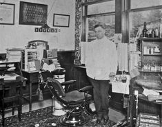 1920 Dentist Office Wow .. its amazing what you can find while searching out images for porcelain veneers and more