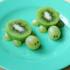 Healthy Snacks For Kids creative and healthy snack ideas - Creative and Healthy Snack Ideas for the entire family to enjoy. A collection of recipes and fun snacks for kids and adults. Cute Snacks, Cute Food, Good Food, Yummy Food, Kid Snacks, Animal Snacks, Lunch Snacks, Party Snacks, Animal Party Food