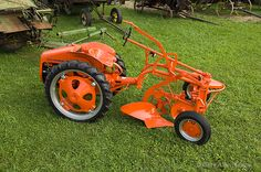 1948 Allis Chalmers G photo Antique Tractors, Vintage Tractors, Vintage Farm, Yard Tractors, Small Tractors, Garden Tractor Pulling, Homemade Tractor, Tractor Pictures, Allis Chalmers Tractors