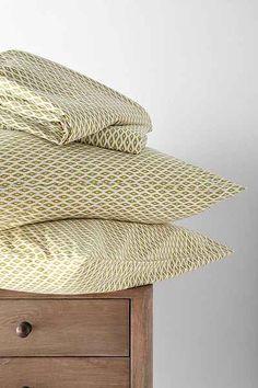4040 Locust Harvest Moon Pillowcase Set - Urban Outfitters