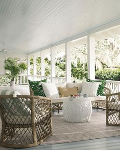 Spring is here & I am thinking all about Patio Furniture and Decor! How beautiful is this 3 piece set! Outdoor Rooms, Outdoor Sofa, Outdoor Living, Outdoor Decor, Rattan Furniture, Outdoor Furniture Sets, Geek Furniture, Sunroom Furniture, Pallet Furniture