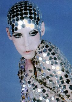 ..Peggy Moffitt in Rudi Gernreich, nude chiffon jumpsuit paved in mirrors with mirrored skullcap, 1969 – Photo © William Claxton