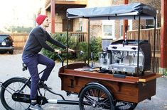 Espresso Bike, needs some sort of milk storage though. otherwise it will only be espresso all day long Bike, needs some sort of milk storage though. otherwise it will only be espresso all day long. Mobile Coffee Cart, Mobile Coffee Shop, Food Box, Coffee Food Truck, Coffee Bar Wedding, Mobile Cafe, Mobile Shop, Food Cart Design, Bike Food