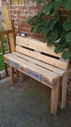 Pallet Outdoor #Bench - 8 DIY Outdoor Pallet Sitting Furniture Ideas | 99 Pallets