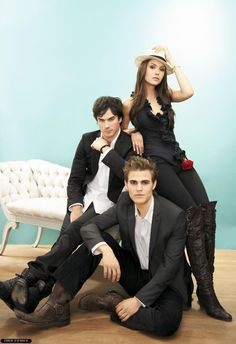 A gallery of The Vampire Diaries publicity stills and other photos. Featuring Nina Dobrev, Ian Somerhalder, Paul Wesley, Kat Graham and others. Vampire Diaries Stefan, Serie The Vampire Diaries, Vampire Diaries Wallpaper, Vampire Diaries The Originals, Stefan Salvatore, Paul Wesley, Ian Somerhalder, Delena, Nina Dobrev
