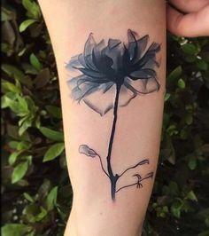 Looks translucent Flower Spine Tattoos, Foot Tattoos, Cute Tattoos, Beautiful Tattoos, Body Art Tattoos, Tatoos, Christian Tattoos, Cover Tattoo, Piercing Tattoo