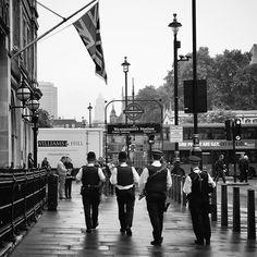 #Londra sempre più affascinante. Giorno dopo giorno rivivo nelle foto i momenti trascorsi in #città. Un #caffè in qualche #pub #inglese e soprattutto il #profumo di una città sempre in movimento a qualsiasi ora del giorno.