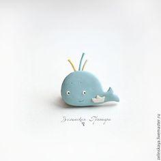 Купить Голубой кит. Брошь - голубой, кит, рыба, море, кораблик, позитив, детская брошь