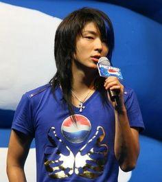 Lee Jun Ki with long hairstyle