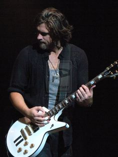Dean Roland 1 by Shadayim on DeviantArt Collective Soul, Great Bands, Dean, Rock, Live, Concert, Music, Musica, Musik