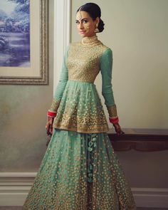 Looking for Bridal Lehenga for your wedding ? Dulhaniyaa curated the list of Best Bridal Wear Store with variety of Bridal Lehenga with their prices Indian Wedding Guest Dress, Indian Wedding Outfits, Bridal Outfits, Indian Bridal, Indian Outfits, Pakistani Bridal, Indian Weddings, Pakistani Dresses, Indian Dresses