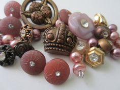 Vintage Buttons 32 assorted pastels and bronzes by pillowtalkswf, $10.95