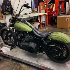 Harley Davidson Bike Pics is where you will find the best bike pics of Harley Davidson bikes from around the world. Harley Davidson Museum, Harley Davidson Knucklehead, Harley Dyna, Harley Bobber, Harley Davidson Chopper, Harley Davidson Street, Harley Davidson News, Harley Davidson Motorcycles, Custom Motorcycles