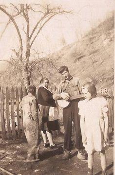 West Virginia Banjo Player    Baisden family members, Trace Fork of Big Harts Creek, Logan County, West Virginia, 1935-1950